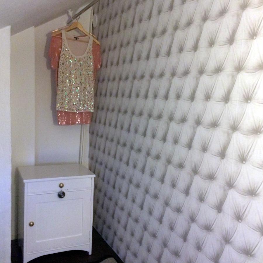 Bygg-walk-in-closet-klädkammare-under-snedtak-vindsvåning- (2)