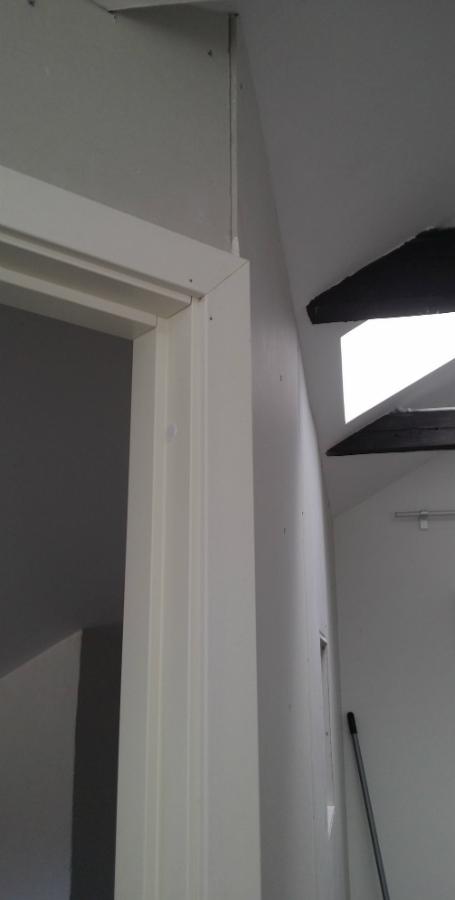 Bygg-walk-in-closet-klädkammare-under-snedtak-vindsvåning- (5)