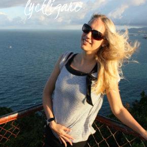 Resande och bokning av resor gör folk lyckliga